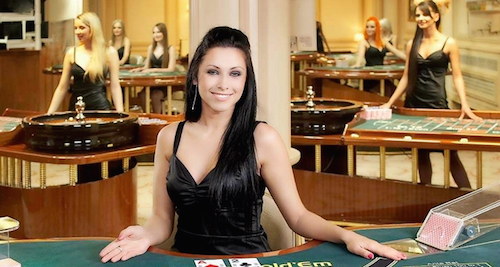 800x657_500  Girls-Poker-Dealer-03[1]